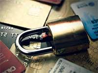 Клиенты Сбербанка жалуются в социальных сетях на массовые блокировки карт
